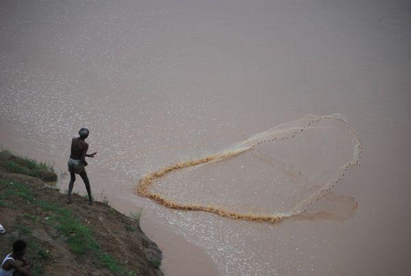 मछली पकडऩे के 11 सौ जाल किए नष्ट