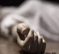 Breaking यूपी के कुशीनगर में छात्रा की मौत पर बवाल, मौके पर अधिकारी