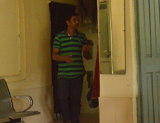 पुलिस ने बच्चे से बोला, जाओ अपने पिता से पूछकर आओ कि घर की चाबी कहां है, ...और पकड़ा गया आरोपी