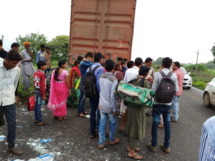 नेशनल हाईवे पर ट्रक से जा भिड़ी बस, सात घायल