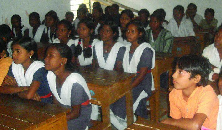 प्रायमरी स्कूल के 150 तो मिडिल स्कूल के 75 शिक्षक अतिशेष