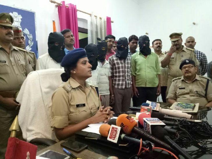 झुन्नू नट गैंग के पांच शातिर सदस्य गिरफ्तार