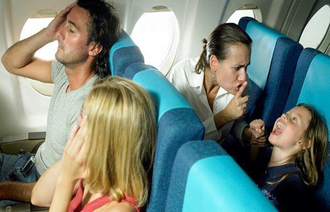 अगर बच्चों के साथ कर रहे हैं यात्रा तो इन बातों का ध्यान रखें