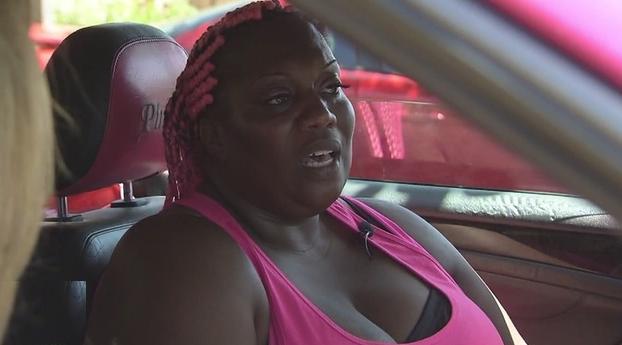 जानिए कार में क्यों सोती है Facebook की यह महिला कर्मचारी
