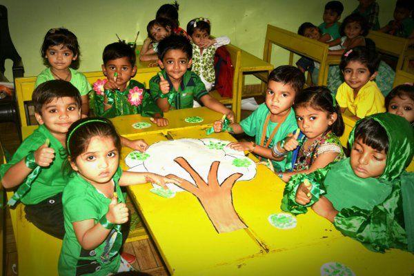 बच्चों ने दिया प्रकृति बचाने का संदेश