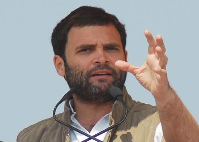 किसानों की समस्या लिए राहुल गांधी पहुंचे एनएचआई, आधिकरियो को सौंपा ज्ञापन
