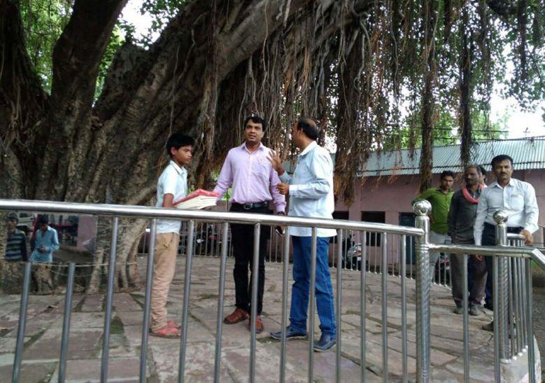 नेकी के पेड़ से कोई भी विद्यार्थी नहीं रहेगा शिक्षा से दूर