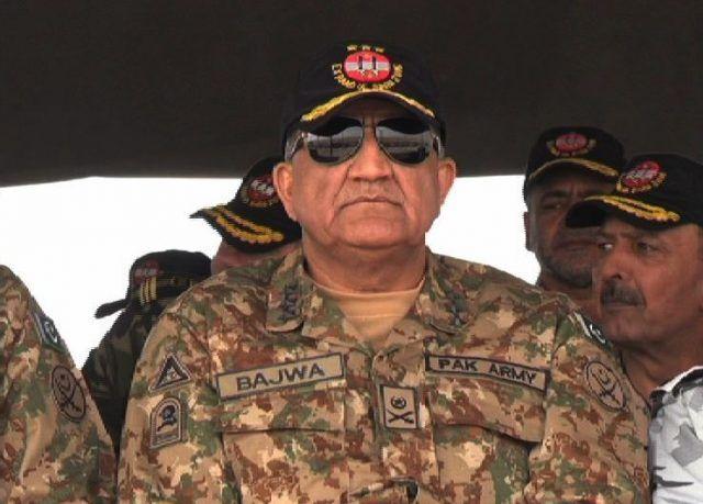 कश्मीर मुद्दे पर साथ देने के लिए चीन का कर्जदार है पाकिस्तान: पाक आर्मी चीफ