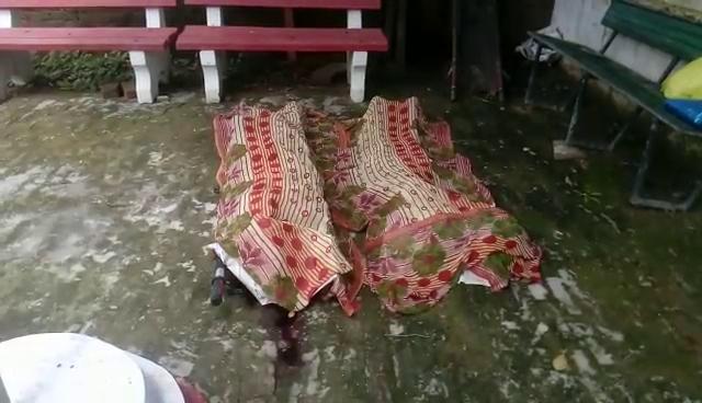 ट्रेन की चपेट में आने से दो युवकों की मौत