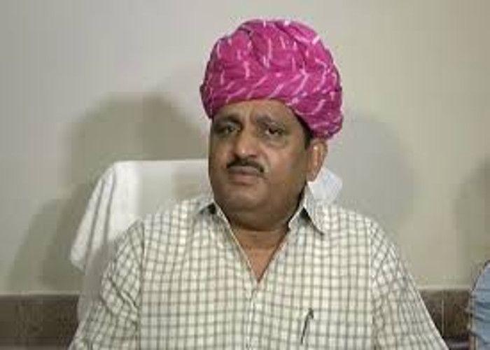 विवाद के बीच कृषि मंत्री ने कहा, परीक्षण के बाद सरकार तय करेगी कहां बिकेगा लहसुन