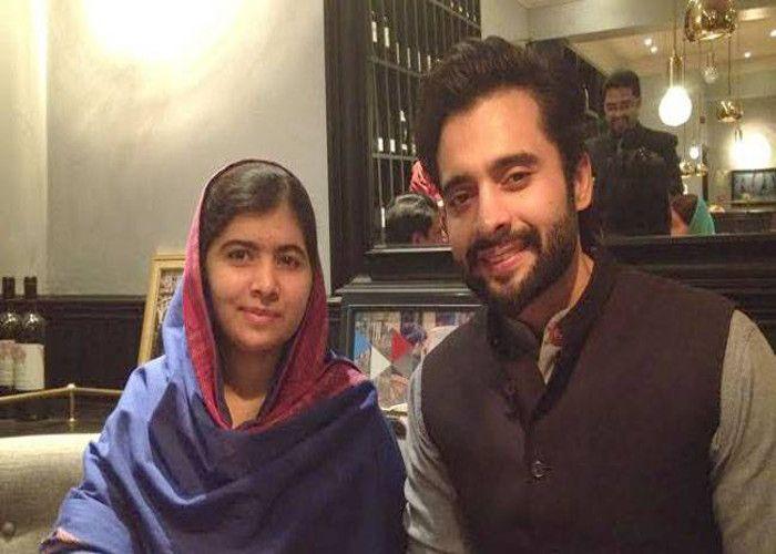 एक्टर जैकी भगनानी ने लंदन में की मलाला यूसुफजई से मुलाकात