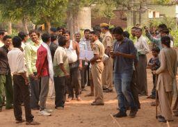 सीकर के राधाकिशनपुरा में सरपंच ने की फायरिंग, फैल गई दहशत