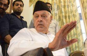 असहिष्णुता को लेकर अब फारुख अब्दुल्ला ने प्रधानमंत्री मोदी पर साधा निशाना