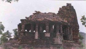 आस्था का केन्द्र है डेरू माताजी मंदिर