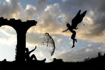 जानिए, मरने के बाद कहां जाती हैं आत्माएं, किन्हें मिलती है मुक्ति और कौन बन जाते हैं भूत