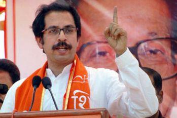 शिवसेना ने की RSS प्रमुख के हिन्दू आबादी पर दिए बयान की आलोचना, बताया-हिंदुत्व को लगे जाले के समान