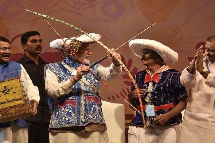 राष्ट्रीय जनजाति महोत्सव में छाए मेवाड़ के गेर और गवरी नृत्य
