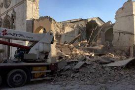 भूकंप से फिर थर्राया इटली, मीलों दूर तक कांपी धरती