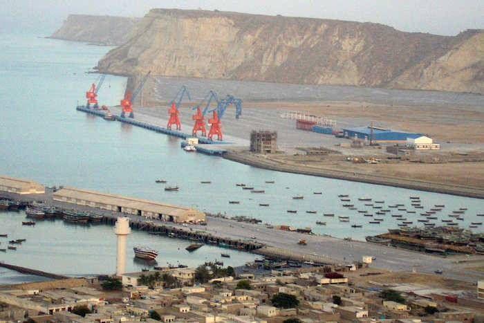 पाकिस्तान के ग्वादर बंदरगाह पर तैनात होगी चीनी नौसेना, भारत आैर अमरीका के लिए है चुनौती