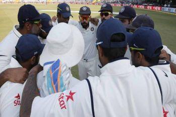 IND V/S ENG: विराट सेना ने मोहाली टेस्ट किया फतह, 'अंग्रेजों' को दी 8 विकेट से करारी शिकस्त