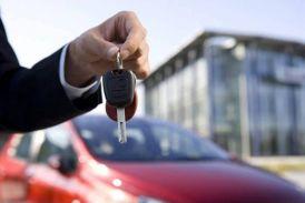 अगर पिछले 3 साल में खरीदी है महंगी कार तो सरकार की गिरफ्त में हैं आप!
