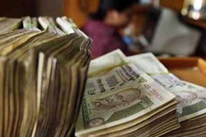 नोटबंदी की 'मारा-मारी' के बीच हिंदुस्तान की इस प्राइवेट कंपनी की 'बल्ले-बल्ले', मिला 929 करोड़ का ऑर्डर