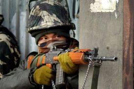 VIDEO: J&K के बांदीपोरा में आतंकियों के साथ मुठभेड़ में सेना के दो जवान घायल