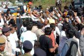 Video : हार्दिक स्वागत से बागबाग हुआ 'हार्दिक' का हृदय, राजस्थान से विदाई, पहुंचे गुजरात