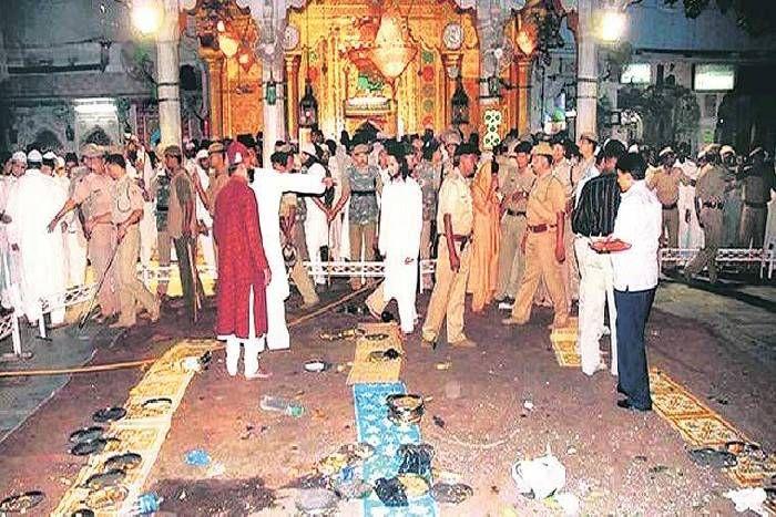 Image result for अजमेर धमाके के आरोपियों का सम्मान