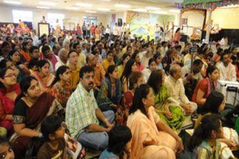 40 सालों में तीन फीसदी घटी देश में हिंदुओं की आबादी