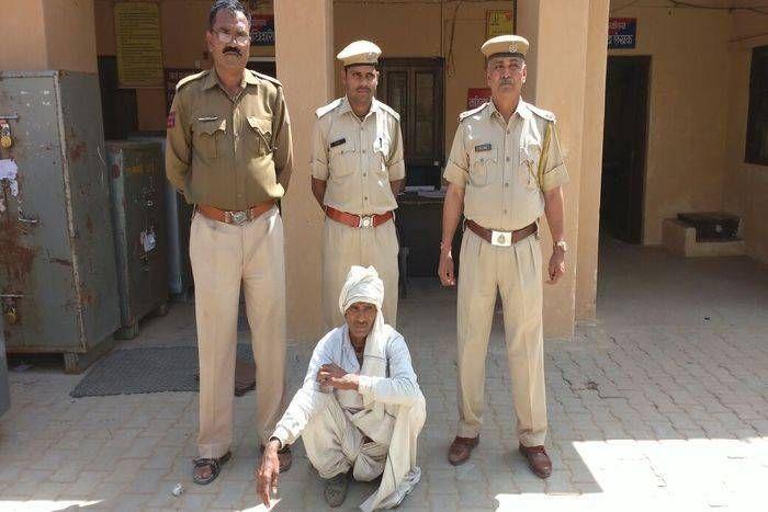 चोर समझकर इतना पीटा की हो गई मौत, अब हत्या के मामले में  गिरफ्तार