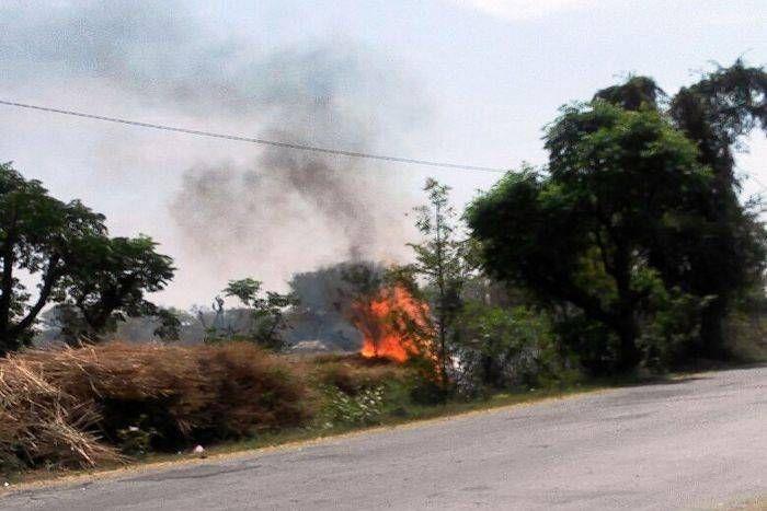 ग्रामीणों की सूझबूझ आई काम, आग से फसल खाक होने से बची