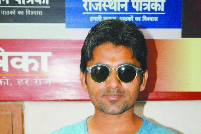 श्रीगंगानगर के विजय ने मुंबई में बनाई पहचान, फिल्म के जरीए किया जाति पर प्रहार