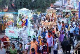 Video : चेटीचंड महोत्सव : सिंधी लोकगीतों के साथ निकली शोभायात्रा