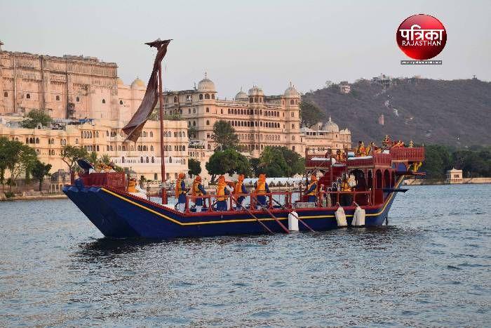 Gangaur Festival At Udaipur - सबसे अनूठी है उदयपुर की गणगौर, सिर्फ यहीं नाव  में निकलती है शाही गणगौर की सवारी | Patrika News