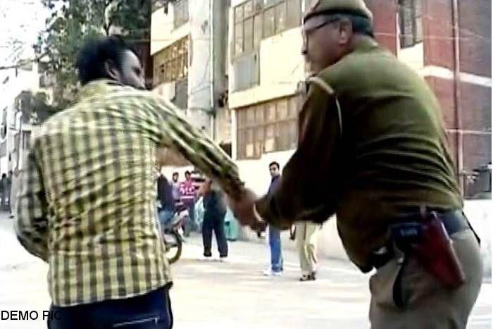 बांसवाड़ा : एएसआई ने युवक को तमाचा जड़ा, फिर मांगी मांगी