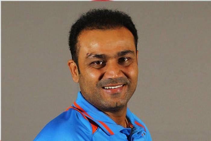 वीरेंद्र सहवाग ने किया धोनी का समर्थन, कहा- उन्हें आईपीएल से जज नहीं कर सकते