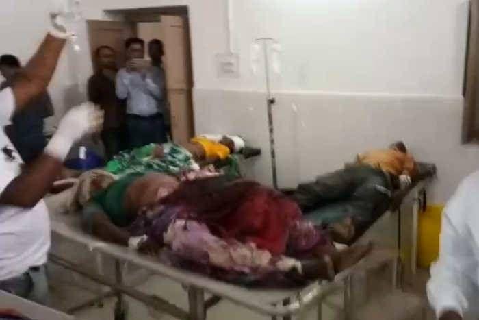 राजस्थान के बांसवाड़ा में दर्दनाक हादसा, टैंपो-क्रूजर की टक्कर में चार की मौत, 15 घायल