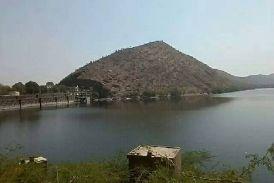 video: उदयपुर की इस झील को संरक्षित घोषित करने के बाद भी लोगों का विरोध, आखिर क्या है इसके पीछे कारण..जानिए...