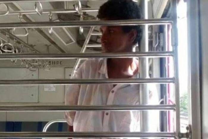 मुंबर्इ की लोकल ट्रेन में युवती के साथ गंदी हरकत, जिनसे थी मदद की आस वो अधिकारी मामला सुनकर हंसने लगा