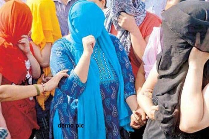 स्पा सेंटर की आड़ में चल रहे सेक्स रैकेट का भंडाफोड़, छह गिरफ्तार, युवतियों में एक विदेशी भी