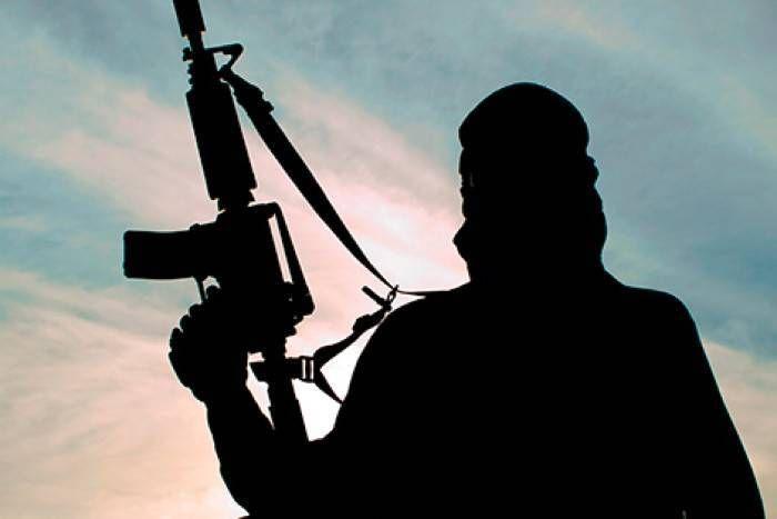 कश्मीर में हिजबुल मुजाहिद्दीन के भर्ती माड्यूल का भंडाफोड़, छापेमारी के दौरान तीन गिरफ्तार