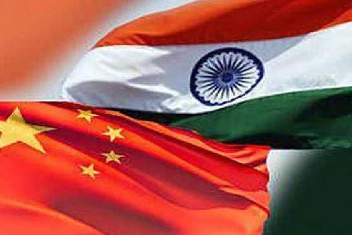 डोकलाम विवादः युद्घ की तैयारी में चीन, सीमा के पास पहुंचाए गोला बारूद आैर अन्य सैन्य साजोसामान!