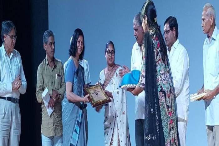 जोधपुर की कवयित्री डॉ.पद्मजा शर्मा को मिला वागीश्वरी सम्मान, रचनाओं से दे रहीं स्त्री सशक्तिकरण का संदेश