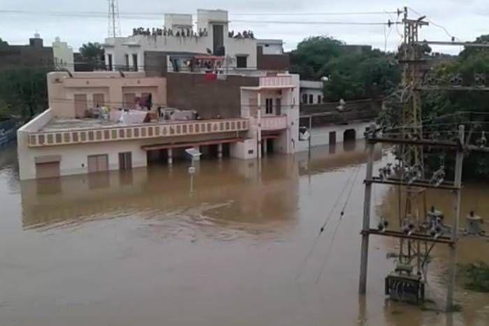 बाढ़ पूर्वानुमान प्रणाली में गंभीर खामियां, CAG की रिपोर्ट के बाद लोकसभा में गूंजा मामला, आधे से ज्यादा टेलीमेट्री स्टेशन खराब
