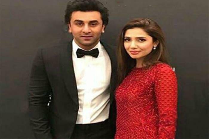 पाक एक्ट्रेस माहिरा खान ने बताया रणबीर कपूर से 'डेटिंग' का सच,अब क्या कहेंगे 'पापा' ऋषि कपूर इस पाकिस्तानी कनेक्शन पर
