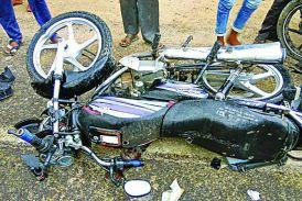 मथुरा मार्ग पर बाइक भिड़ंत में एक की मौत, तीन घायल
