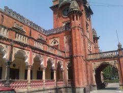 यहां से बदला था इंदौर का समय, 1905 में बनकर तैयार हुआ था गांधी हॉल