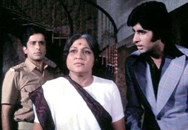 अमिताभ की ऑनस्क्रीन मां थी निरुपा राय, रानी रुपमती से हुईं फेमस
