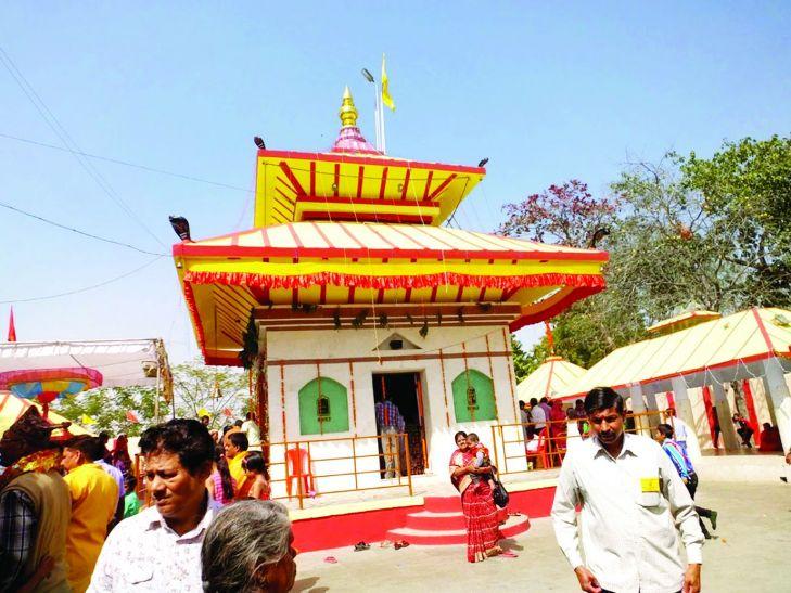 नेपाल के पशुपतिनाथ मंदिर की कॉपी है यह टेम्पल, शिवरात्रि पर होती है भीड़